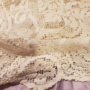 🔥2 for $25 🔥Vintage lace table cloth